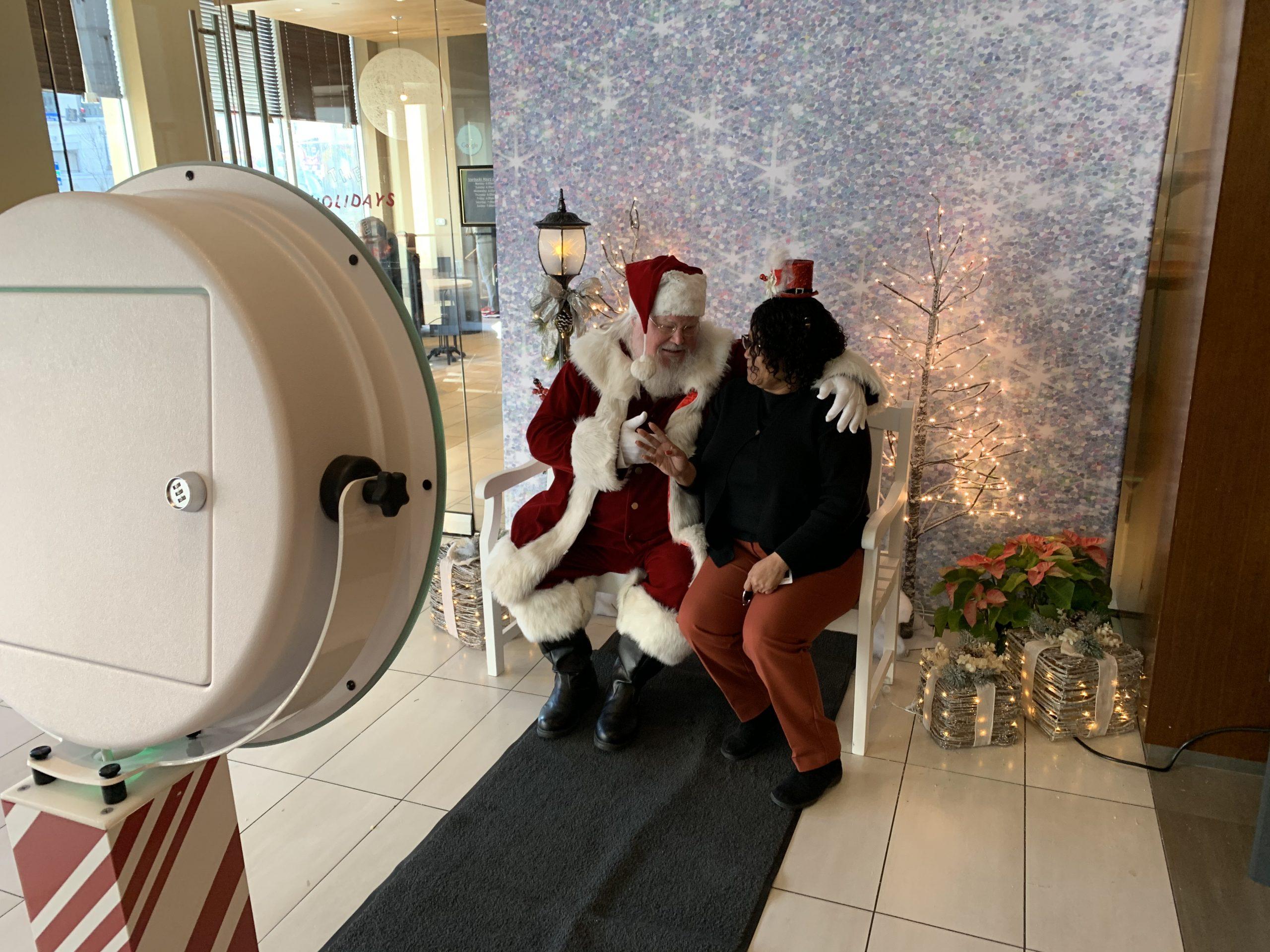 Holiday-Moxie-santa-glitter